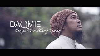 getlinkyoutube.com-Daqmie - Tangis Sebatang Tamar (Official Music Video)