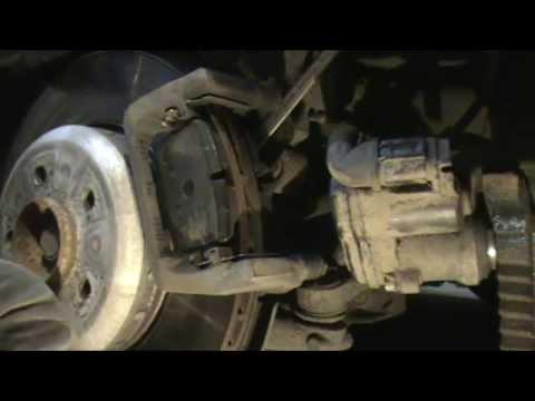 BMW 5 Series F10. Замена задних тормозных дисков и колодок.
