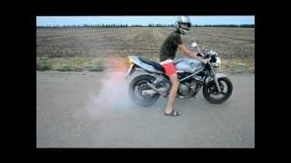 getlinkyoutube.com-Suzuki Bandit (250) и Burnout
