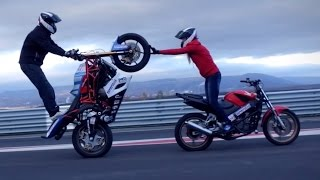 getlinkyoutube.com-Motorcycle stunts Martin & Kate 2015