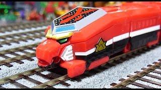 getlinkyoutube.com-よみがえる烈車合体シリーズEX シンケンジャーレッシャー EX samurai train