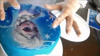 getlinkyoutube.com-Bolo  infantil de pasta americana da Frozen Elsa e Olaf parte I