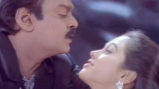 getlinkyoutube.com-Commisioner Narsimha Naidu Songs - Chitti Chitti Chamanthi Mogga - Vijayakant Devayani - HD