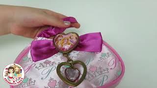 getlinkyoutube.com-New Disney Princess Royal Boutique Purse Set Car Keys, Lipstick, Mirror, Credit Card