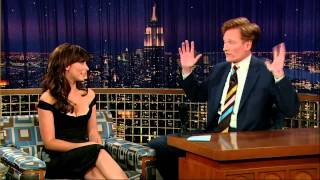 "getlinkyoutube.com-""I know, I'm sorry!"", Jennifer Love Hewitt on Conan"