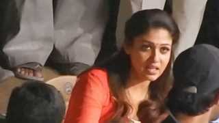 getlinkyoutube.com-Nayanthara Mischievous Smile @ Film Shooting