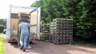 getlinkyoutube.com-Trucksmith 3.5 tonne Low Floored Luton Easy Load Video