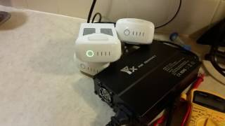 getlinkyoutube.com-DJI Phantom 4 Parallel Multi Batteries And Remote Controller Charger