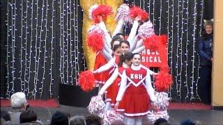 Carnevalissimo Capri 2016: La sfilata dei Carri allegorici - 1 parte-