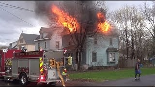 Syracuse NY Working Structure Fire RAW Video