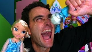 getlinkyoutube.com-Let it Go: Disney Frozen Sing Along Elsa Doll Unboxing! || Disney Toy Reviews || Konas2002