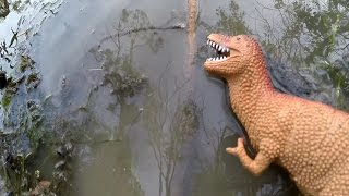 getlinkyoutube.com-Toy Dinosaurs in the River!  KIDS FUN! Toy Cars Forest Adventures!