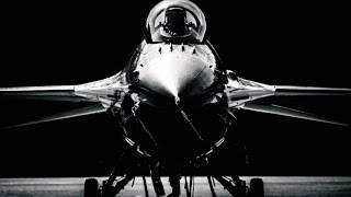 getlinkyoutube.com-F-16 Fighting Falcon - Living Legend