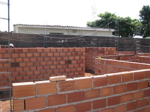 Parede - Primeira Parede da Casa - Como Construir sua Casa.avi