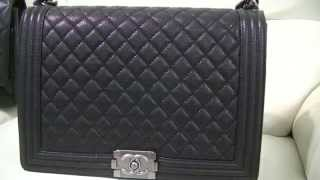 getlinkyoutube.com-Review & What's in my Bag - Boy Chanel Flap Bag Large Calfskin Caviar Leather ~ popcornday