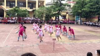getlinkyoutube.com-La la la ( World Cup 2014 )  - Nhảy dân vũ - 12A5 Trần Nguyên Hãn HP