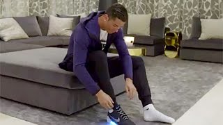 getlinkyoutube.com-Cristiano Ronaldo Wears First Self-Lacing Shoes