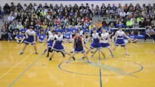 getlinkyoutube.com-HILARIOUSLY AWESOME DANCE 3 by Carroll Senior Powderpuff Cheerleaders
