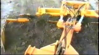 getlinkyoutube.com-Lama Livellatrice con rotazione idraulica o manuale