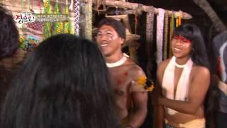 getlinkyoutube.com-[HOT] 글로벌 홈스테이 집으로 - 와우라 부족 전통 집 공개! 여자들만의 춤, 야무리꾸마? 20131226