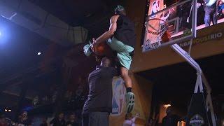 getlinkyoutube.com-NBA Legends' CRAZY Reactions to 6'1'' Dunker