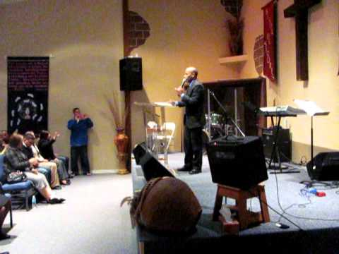 hno israel martinez en idc palm bay fl domingo 29 enero 2012 mvi0295 avi