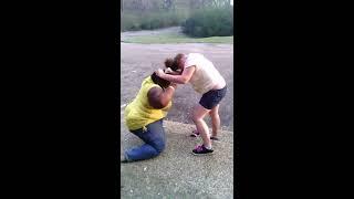 getlinkyoutube.com-Dumb fight white bitch vs black girl