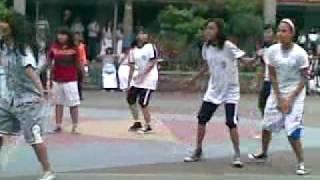 getlinkyoutube.com-Pertandingan basket putri smp 150.mp4
