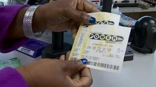 getlinkyoutube.com-7-Time Lotto Winner Offers Powerball Tips: Powerball Jackpot Hits $425 Million