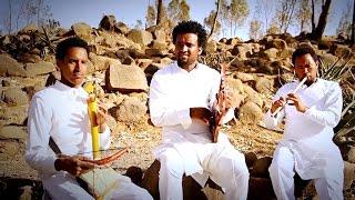 getlinkyoutube.com-Nguse Abadi - Hura Seleste/ሁራ ሰለስተ New Ethiopian Traditional Music (Official Video)