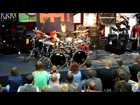 Thomas Lang - drum solo 2012