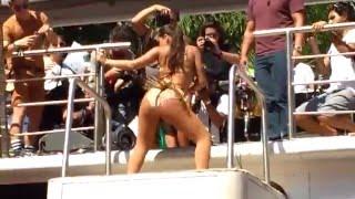 getlinkyoutube.com-Bloco das Poderosas (Anitta) - Metralhadora | Carnaval Rio de Janeiro