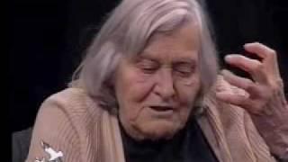 getlinkyoutube.com-Dialogo su Fede e Scienza (3/12) - Margherita Hack vs. Giuseppe Zenti