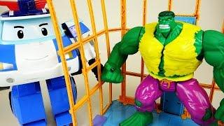 getlinkyoutube.com-Hulk ESCAPE vs Robocar Poli car toys and Super Heroes