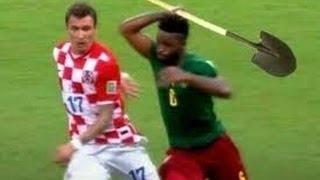 getlinkyoutube.com-اضحك مع اخطاء كرة القدم تموت من الضحك لقطات نادرة ههههه