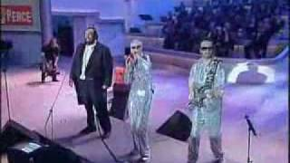 getlinkyoutube.com-Eurythmics Luciano Pavarotti There Must Be An Angel (Playing With My Heart) Live June 6th, 2000