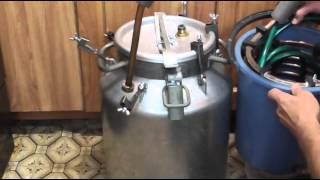 Дистиллятор (самогонный аппıарат) на основе молочного бидона