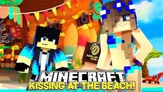 getlinkyoutube.com-Minecraft Little Carly-KISSING BOYS ON THE BEACH!!