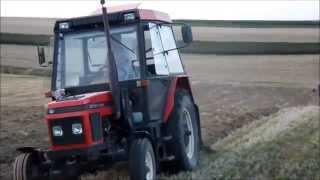 getlinkyoutube.com-Zetor 5320 vs. Zetor 7711 [orka pod rzepak] engine sound/plowing in Poland