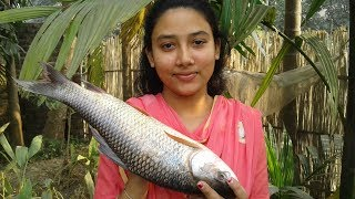 Rui-Macher-Jhal-Delicious-Bengali-Fish-Curry-Recipe-Tasty-Cooking-By-Street-Village-Food width=