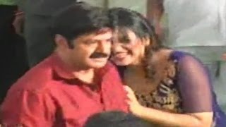 getlinkyoutube.com-Hot Actress Anjali Tight Hug to Balayya at Dictator Movie Set Exclusive