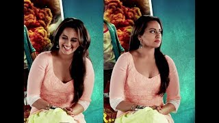 Sonakshi Sinha Sexy Cleavage width=