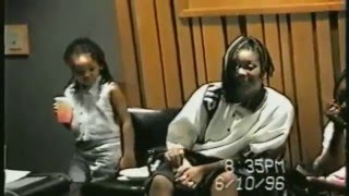 getlinkyoutube.com-2pac with Frank Alexanders family in studio [very rare and funny]