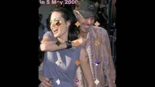 getlinkyoutube.com-Angelina Jolie: What did she do with the 'Billy Bob'-tattoo!?
