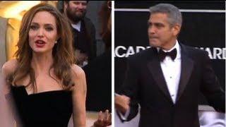 getlinkyoutube.com-Angelina Jolie Loses Brad Pitt During Oscars Date Night!
