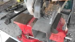Cómo hacer agujeros redondos con amoladora o radial, con discos finos
