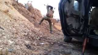 getlinkyoutube.com-مواجهة بين نقطة عسكرية وداعش الارهابي في الموصل قبل سقوطها بساعات