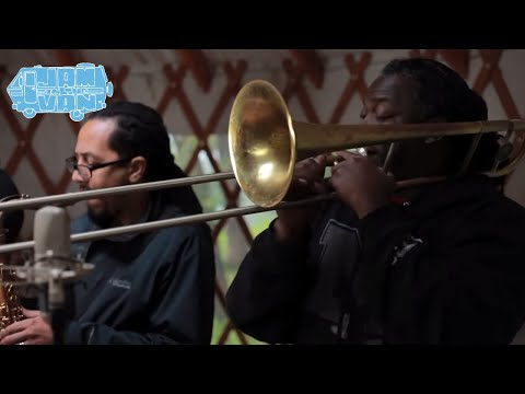 REBIRTH BRASS BAND -