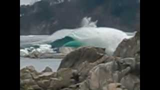 getlinkyoutube.com-JAPAN TSUNAMI GIANT WAVE MARCH 2011 / 2011年3月日本津波巨大な波