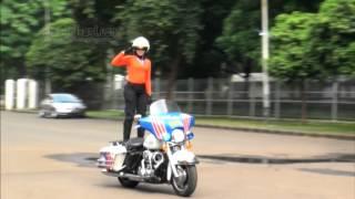 getlinkyoutube.com-Ini Dia Aksi Brigade Polwan Cantik Di Hari Kartini